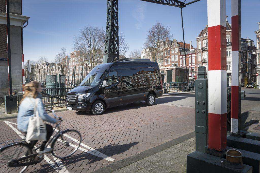 thumbnail for Mercedes Sprinter : een wagen om mee te praten