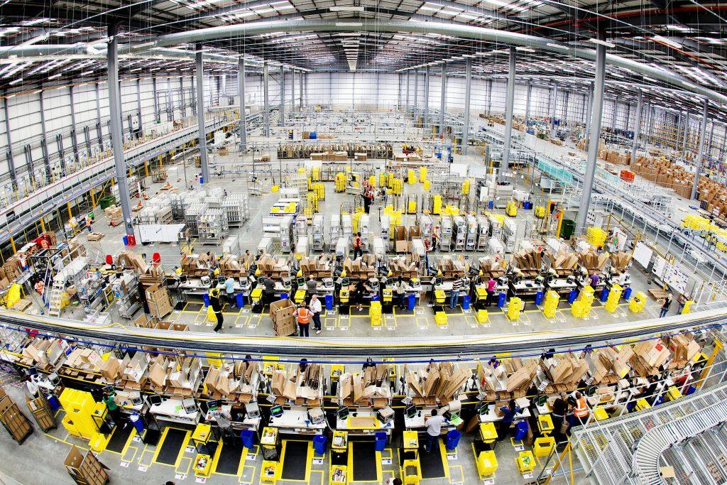 thumbnail for E-commerce : faut-il craindre l'Amazonisation de la logistique ?