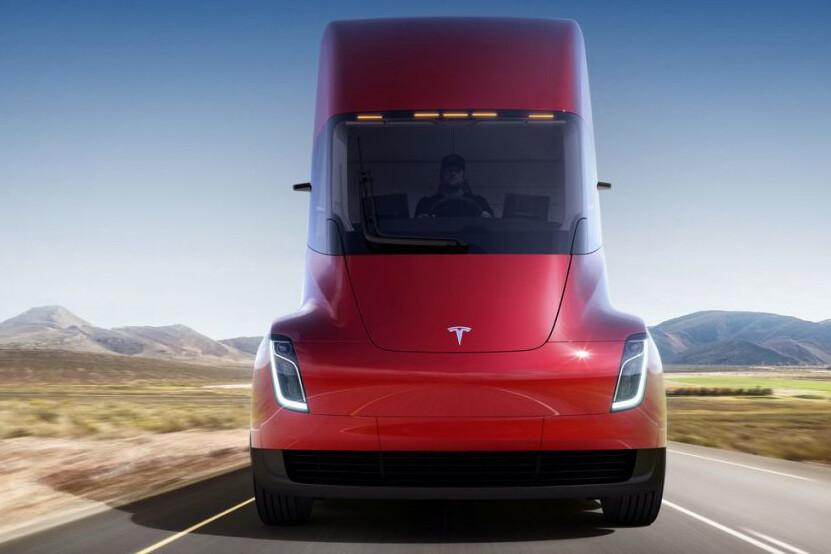 thumbnail for Tesla stelt de productie van de Semi opnieuw uit