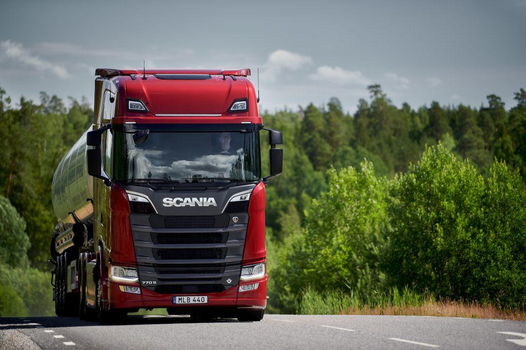 thumbnail for Scania V8 neemt opnieuw de leiding in de strijd om het vermogen…