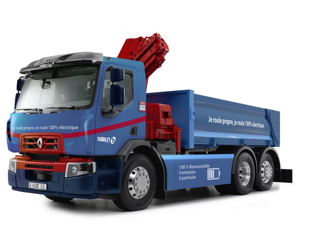 thumbnail for Renault Trucks propose l'approche chantier en version électrique