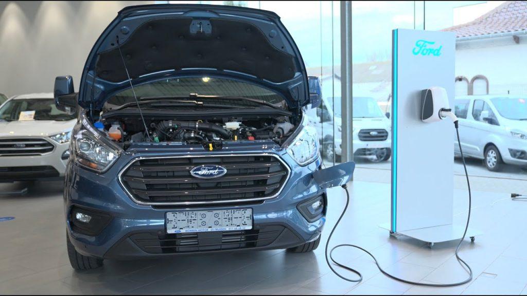 thumbnail for [VIDEO] Quel utilitaire électrique correspond à votre type de conduite ? [Advertorial]