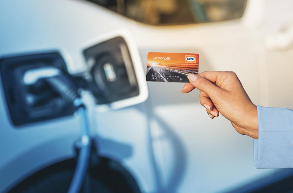 thumbnail for DKV plaatst eerste laadstations voor elektrische auto's bij YouBuild [Advertorial]